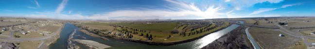 This is the Snake River and the Blackfoot Golf Course.