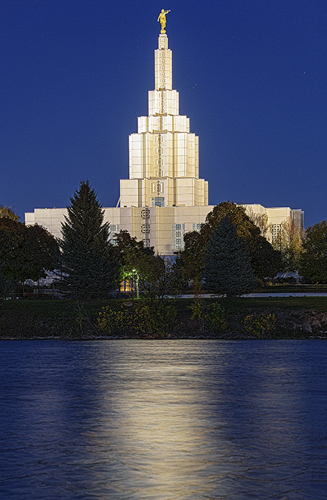 This is the Idaho Falls Temple. I chose to photograph this building for the assignment because of the way it glows against the blue hour sky. The building is light by flood lights all around the exterior creating a very interesting effect when photographed with this technique.